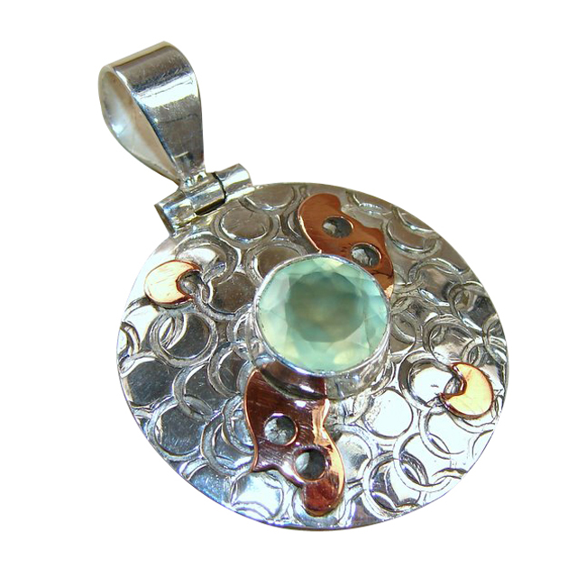 <b>Product details</b>,,Material : Sterling Silver,Main stone : Prehnite,Other stones : Copper,Main color : green