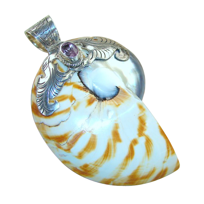 <b>Product details</b>,,Material : Sterling Silver,Main stone : Shell,Other stones : Amethyst,Main color : multicolor