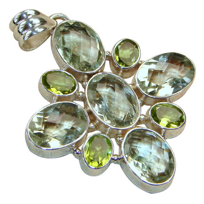 <b>Product details</b>,,Material : Sterling Silver,Main stone : Green Amethyst,Other stones : Peridot,Main color : green